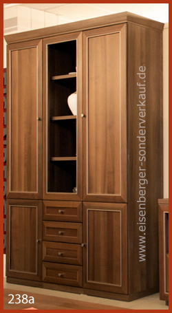 Bild 238a Carl Spahn Nussbaum classic B:155cm H:225cm T:43cm